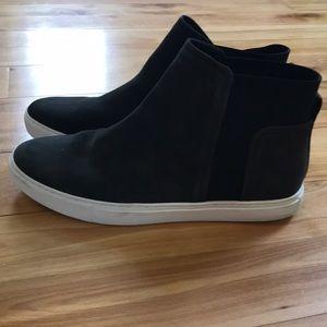 Kenneth Cole black slip on sneakers